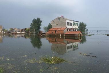 [新聞] 蔡甸重建首批倒損房受災村民入住新居不掏錢